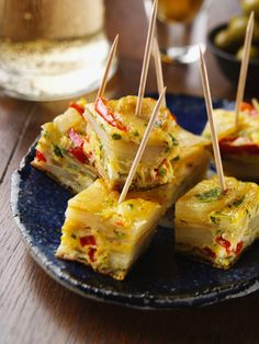 Frittata Snacks: Recipe for Country Cooking for Me Appetizers For Party, Appetizer Recipes, Snacks Recipes, Party Recipes, Potato Frittata, Party Finger Foods, Brunch Party, Country Cooking, Country Kitchen