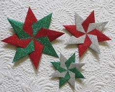 Origami Fabric Star Pattern : Paper stars geta s quilting studio Fabric Christmas Ornaments, Christmas Quilt Patterns, Christmas Origami, Paper Ornaments, Christmas Sewing, Christmas Paper, Handmade Christmas, Christmas Decorations, Folded Fabric Ornaments