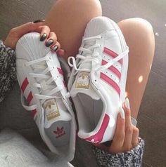 more photos c80a7 608f5 28 Modelos de Zapatos Adidas para Chicas que Desearás Tener