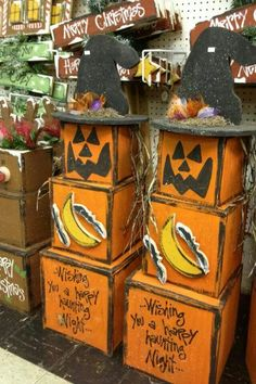 250 best crafts halloween images on pinterest in 2018 cute halloween halloween wood crafts. Black Bedroom Furniture Sets. Home Design Ideas