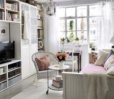 Great ikea built in and daybed turn living room into guest bed in a small space  ACHADOS DE DECORAÇÃO - blog de decoração: BAÚ DE IDÉIAS DECORATIVAS ou a gente merece ver!