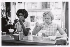 Bruce Davidson, An NYC diner, 1962
