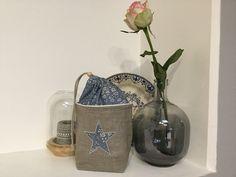 Pochon de toilette en Lin enduit naturel et Liberty capel chambray denim appliqué étoile : Trousses par de-cape-et-d-etoile