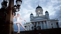 Hyvää syntymäpäivää, Helsinki – katso kaunis kuvasarja ballerinoista heräävillä kaduilla | Helsinki | HS