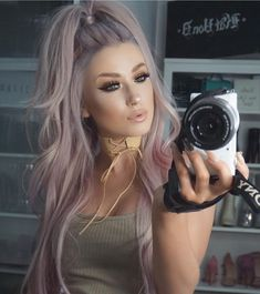 IG: lolaliner fashion street style beauty makeup hair men style w. Pastel Hair, Pink Hair, Pinterest Hair, Silver Hair, Pretty Hairstyles, Style Hairstyle, Half Pony Hairstyles, Hair Dos, Dyed Hair