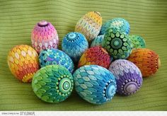 Quilled Eggs #Quilling #Quill Art
