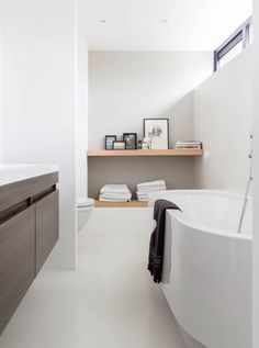 Basement Bathroom Ideas - All of us recognize the value of the shower room area in our home. Best Bathroom Designs, Bathroom Design Luxury, Bathroom Images, Bathroom Interior, Small Space Bathroom, White Bathroom, Modern Bathroom, Small Spaces, Small Bathrooms