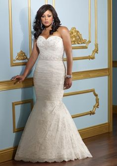 Lace Strapless Sweetheart 2012 Plus Size Wedding Dress