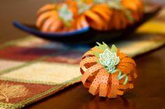 Quick & Easy Thanksgiving Centerpiece Ideas #holiday #thanksgiving #decor #table #decorations #centerpiece