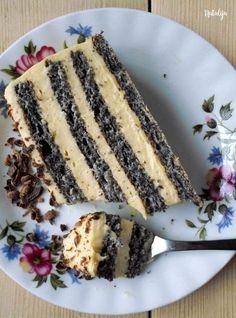 Peel the vanilla - Trend Napoleon Cake Recipe 2020 No Cook Desserts, Cookie Desserts, Easy Desserts, Cookie Recipes, Other Recipes, Sweet Recipes, Torta Recipe, Napoleon Cake, Kolaci I Torte