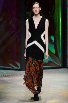 New York Fashion Week Fall 2015 - Best New York 2015 Runway Fashion Fashion Week 2015, New York Fashion, Fashion Art, Runway Fashion, Fashion Show, Autumn Fashion, Hollywood Costume, Prabal Gurung, Fall 2015