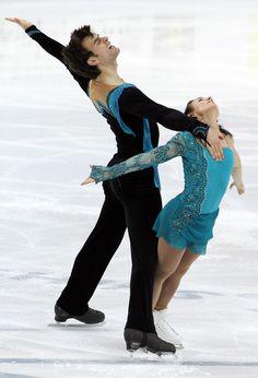 Meagan Duhamel Photos: 2011 World Figure Skating Championships - Day 5