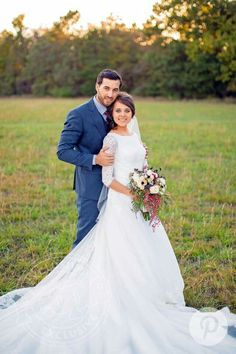 2018 New A-line Modest Wedding Dresses With Half Sleeves Jewel Lace Top Cathedral Train Bridal Gowns Couture Custom Made Wedding Gowns Discount 2018 New A Line Modest Wedding Dresses With Half Sleeves Jewel Lace Top Cathedral Train B Wedding Picture Poses, Wedding Poses, Bride Poses, Wedding Pictures, Wedding Bride, Wedding Ideas, Modest Wedding Dresses, Wedding Dress Styles, Jinger Duggar Wedding