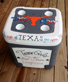 Texas Longhorn custom #painted #cooler Order your team's today at: www.etsy.com/shop/PreppyPinkPersonal