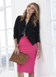 Create a look that is all woman with this curve sculpting pencil skirt. This high-waist style offers an elegant silhouette while its ponte finish provides the structure of a tailored skirt with the comfort of jersey. Pink Skirt Outfits, Pencil Skirt Outfits, Pencil Skirts, Pink Pencil Skirt, High Waisted Pencil Skirt, Rosa Rock, Glamour, Work Attire, Wearing Black