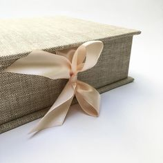 Linen fabric with beige pink ribbon ⭐️ #presentationbox #photography #presentation #photobox #photoalbum #linen #fabric #photographers #supply #weddingphotography #wedding #fineartphotography #weddingphotographer #photographers #madewithlove #memories #littlefinearts #weddingfineartphotography