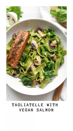 Tagliatelle with vegan salmon from SoFine - Anne Travel Foodie Vegetarian Recipes Dinner, Vegan Dinners, Healthy Recipes, Vegan Fish And Chips, Fish Burger, Eating Fast, Healthy Comfort Food, Salmon, Drink