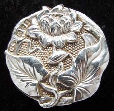 GORGEOUS  ANTIQUE  STERLING HALLMARKED ART NOUVEAU FLOWER BUTTON ~BLING