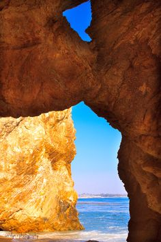 Dinosaur Caves, Shell Beach California