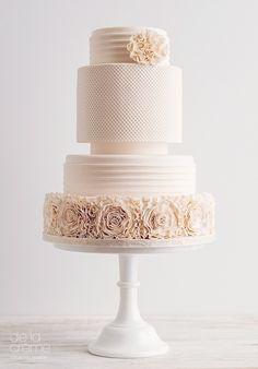 Contemporary Wedding Ideas - Amazing, Contemporary Wedding Cakes by De La Créme Creative Studio - Mon Cheri Bridals
