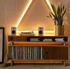 149 отметок «Нравится», 1 комментариев — Библиотека виниловых пластинок (@vinyl.ua) в Instagram: «#vinyl_ua #vinyl #vinylgram #instavinyl #vinylcollector #vinylcollection #vinylshop #винил #music …»