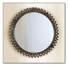 Bicycle Chain Mirror, Signals Great look Bicycle Crafts, Bike Craft, Bicycle Decor, Bicycle Art, Diy Home Crafts, Crafts To Make, Pimp Your Bike, Recycled Bike Parts, Metal Art Projects