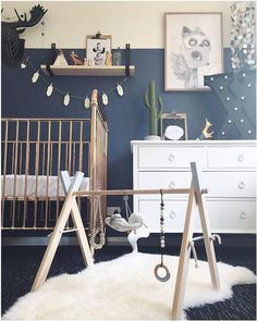 Kristy of Incy Interiors shares her expert tips on how to create a functional and stylish nursery. Love this blingy cot and navy colour palette Check out all her tips and pics of other stylish nurseries >>> - Baby Nursery Today