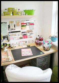 Scrapbooking Station.  OMG!! I want this!!!!!