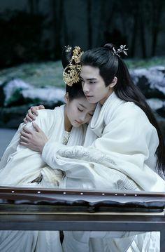 Untouchable Lovers 《凤囚凰》 - Song Wei Long, Guan Xiao Tong, Zhang  Xin Yu