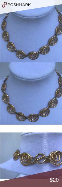 ANNE KLEIN GOLDTONE MATTE FINISH MODERN NECKLACE ANNE KLEIN GOLDTONE MATTE FINISH MODERN CURLY SWIRL COLLAR NECKLACE Anne Klein Jewelry Necklaces