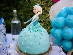 Tarta muñeca Elsa de Frozen9
