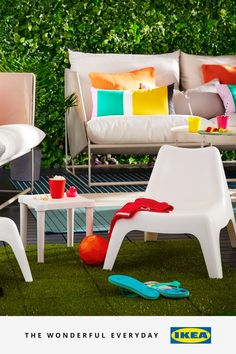 This bank holiday is the perfect time to get creative with your outdoor space. Whether it's making a statement with table settings for your summer BBQs, adding textiles in fresh colours, or turning your outdoors into a home cinema for a film night with friends. Make it a holiday weekend to remember.