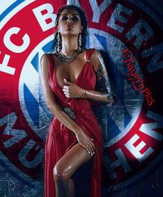 Fc Bayern Fans, Fc Bayern Munich, Hot Football Fans, Football Girls, Fc Hollywood, Bayern Munich Wallpapers, Soccer World, World Of Sports, Kiara Advani Hot
