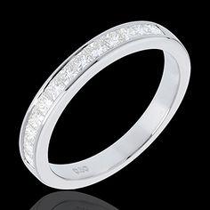 Fede nuziale oro bianco semi pavé  13 diamanti: 0.5 carati - Oro bianco   http://it.edenly.com/fedi-nuziali-oro-diamanti/fede-nuziale-oro-bianco-semi-pave-incastonatura-binario-carati-13-diamanti,501,10.html