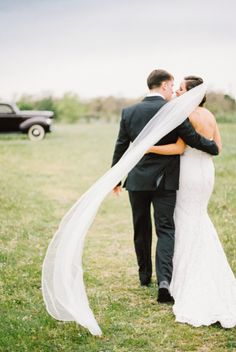 Featured by Style Me Pretty (Jared Tseng Photography) Gown by Sharon Hoey Waco, Texas