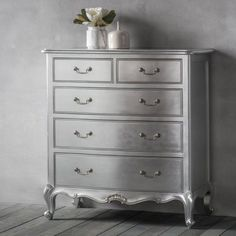 Frank Hudson Silver Leaf Guilded French Chic 5 Drawer Chest Of Drawers - The Bed Shack French Furniture, Shabby Chic Furniture, Luxury Furniture, Mahogany Furniture, Classic Furniture, 5 Drawer Chest, Chest Of Drawers, Silver Painted Furniture, Luxury Loft