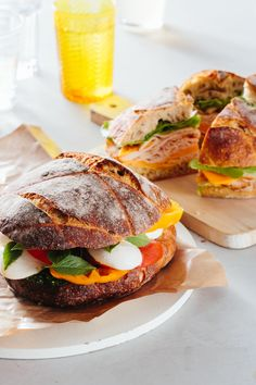 If you're looking for food for a large crowd, look no further than this guide for making a sturdy, stable, DELICIOUS, caprese sandwich. Perfect for parties or picnics, and it's a cheap and filling way to feed guests dinner. Be sure to follow our deli-approved guide to building the perfect sandwich.
