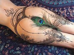 henna mehndi tattoo Masha Ginkas Open Minded Magazine https://www.opnminded.com/2017/08/01/masha-ginkas-lart-erotique-tatouage-henne.html