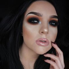 @vickym0n used our Diamond Dust shadows to create this beautiful smokey eye 😱😍 Can we just 🙌🏼✨