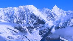 Book Himalaya Tours and Packages @ best price at Walk to Himalayas. We help you explore the land of Uttarakhand, Ladakh, Himachal, Sikkim, and Bhutan. Book Now! http://walktohimalayas.com/destinations/uttarakhand/