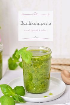 This basil pesto is one of my favorite pasta recipes. You can find out how you can easily imitate this pesto in my post here. Avocado Pesto Pasta, Pesto Dip, Pasta Recipes, Soup Recipes, Vegetarian Recipes, Chutneys, Lemon Shrimp Pasta, My Favorite Food, Favorite Recipes