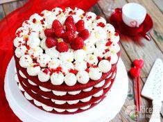 New birthday cake red velvet heavens Ideas Birthday Cakes For Men, Red Velvet Birthday Cake, New Birthday Cake, Red Cake, Homemade Birthday Cakes, Easy Cake Decorating, Birthday Cake Decorating, Red Velvet Cake Decoration, Bolos Naked Cake