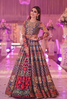 The latest collection of Bridal Lehenga designs online on Happyshappy! Find over 2000 Indian bridal lehengas and save your favourite once. Pakistani Fashion Party Wear, Pakistani Wedding Outfits, Indian Bridal Outfits, Pakistani Wedding Dresses, Pakistani Dress Design, Indian Designer Outfits, Bridal Anarkali Suits, Anarkali Suits With Price, Lehanga Bridal