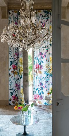 Tricia Guild. The best. KAGADATO selection. **************************************Designers Guild Couture Rose fabric