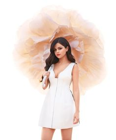 Selena Gomez, a pop sensation that will put her heart on the line for anything. She teaches every generation to be brave and to believe in your dream. ~ I love this picture of her!