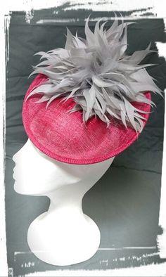 Tocado flor de plumas, bridal millinery, feather millinery,  sinamay millinery,  hats