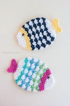 Free Crochet Patterns for Spring Cleaning,Crochet Fish Scrubbie Washcloths All Free Crochet, Crochet Home, Crochet Gifts, Crochet Scrubbies, Crochet Potholders, Washcloth Crochet, Crochet Fish, Crochet Yarn, Crochet Stitch