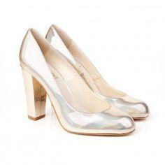 62898efe7272 Gorgeous luxury designer ladies vegan shoes and vegan boots from Beyond Skin