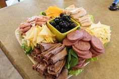 LC Valley Mom: Homemade Meat & Cheese Tray - this is a helpful how to with a breakdown!