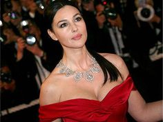 Monica Bellucci Movies, Monica Belluci, Beautiful Celebrities, Most Beautiful Women, Monica Bellucci Wallpaper, Playboy, She's A Lady, Italian Actress, Beauty Full Girl